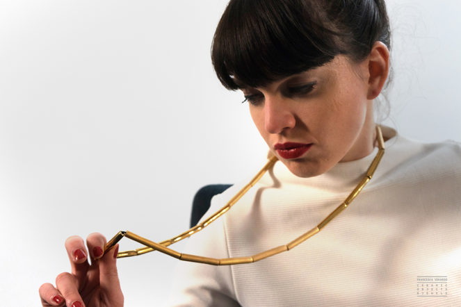 Contemporary jewels chains in ceramic and gold