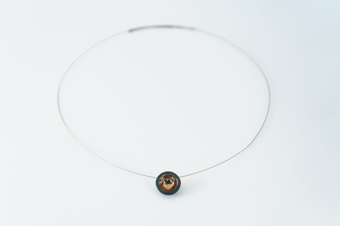 Semisferina necklace_Ceramic jewels